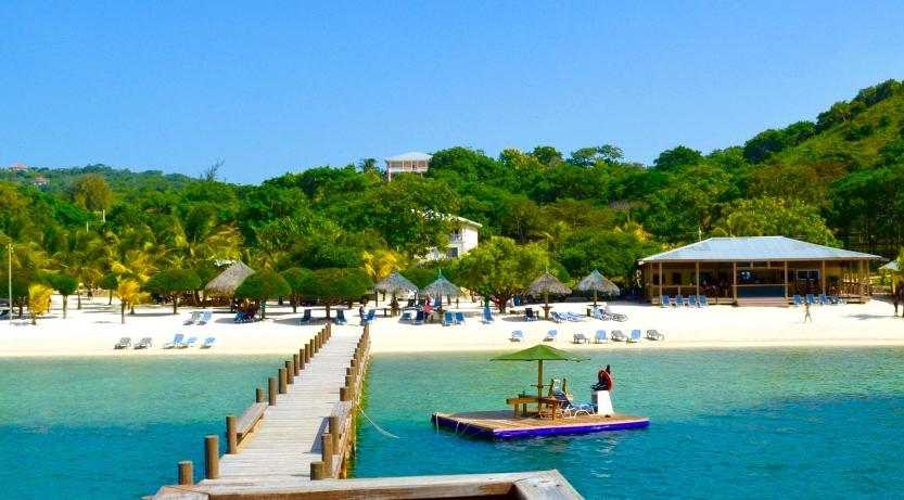 havana beach club roatan